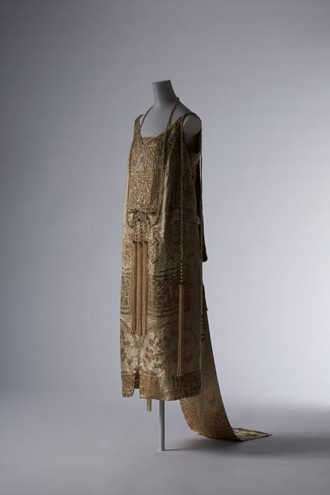 07# Платье