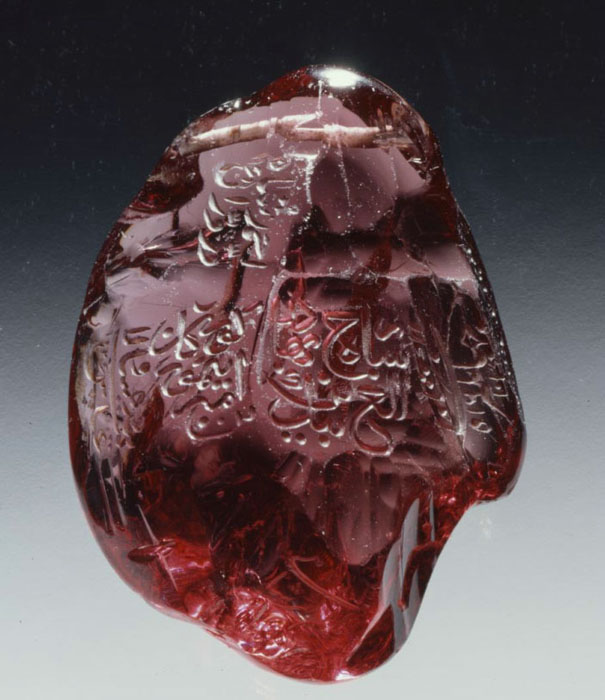 09#Inscribed royal spinel «The Timur Ruby»